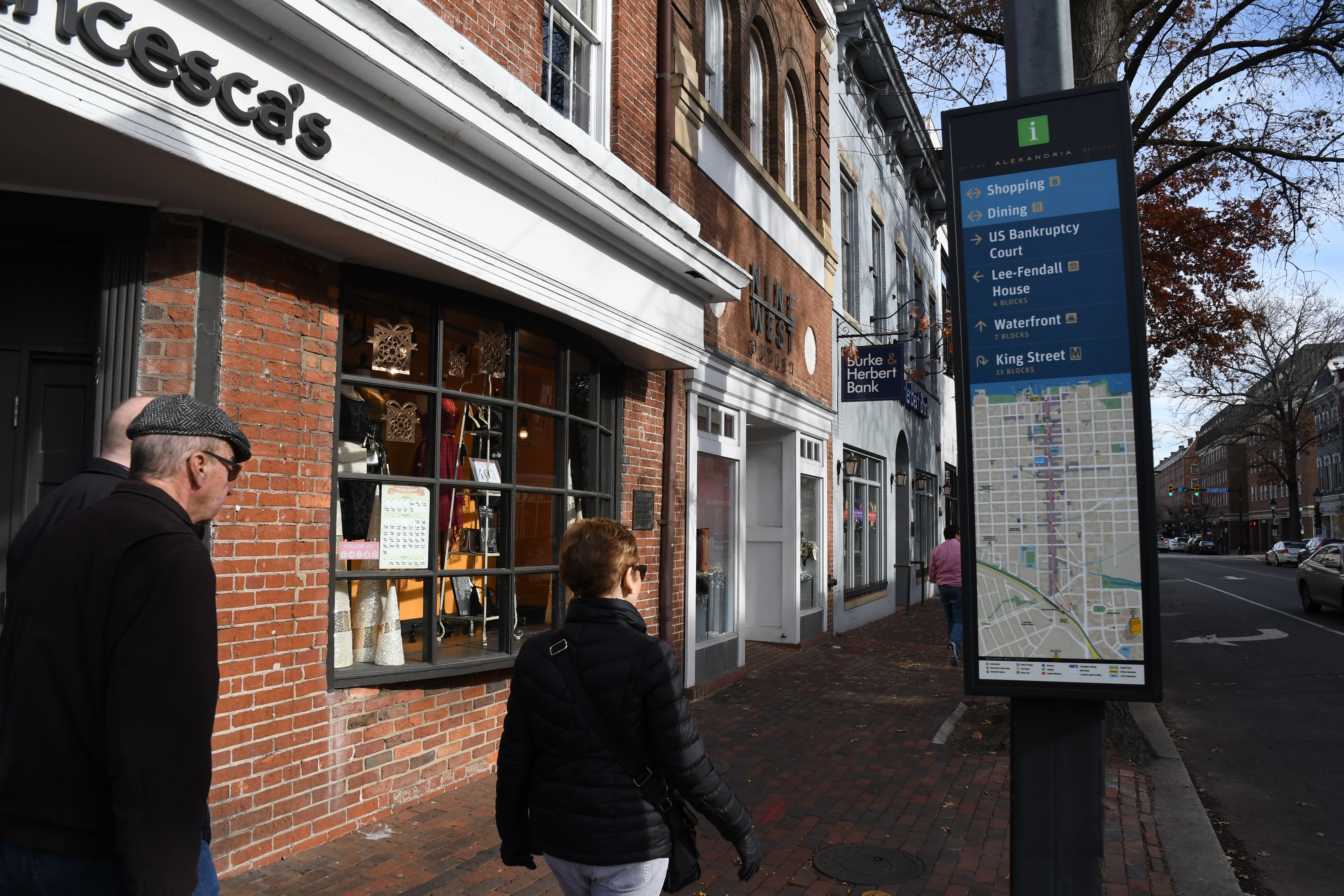 Wayfinding Signage in Old Town Alexandria Virginia